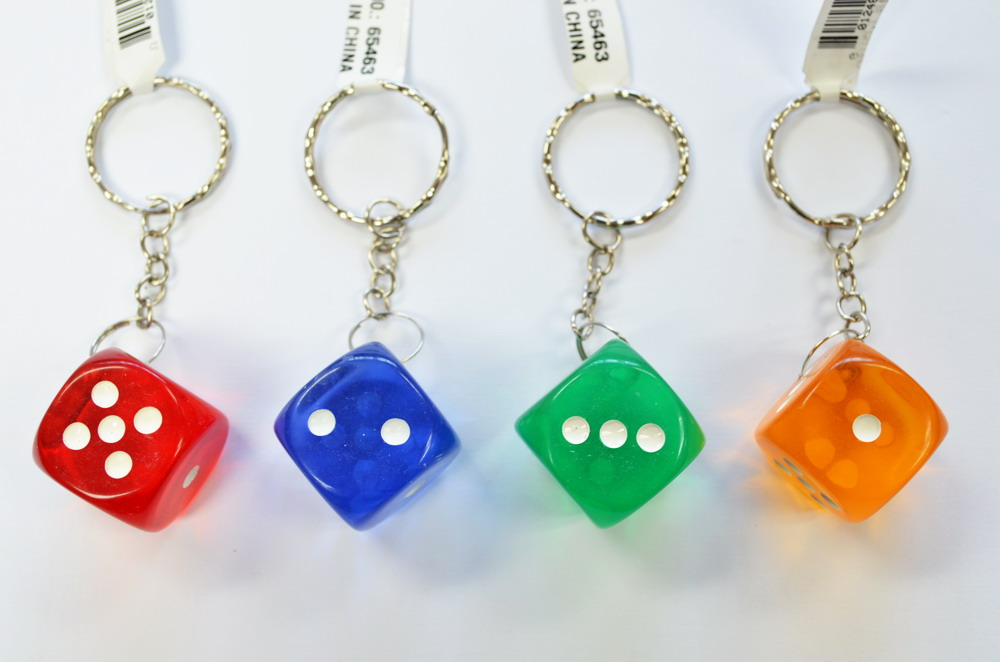 ASSORTED COLOR DICE KEY CHAIN